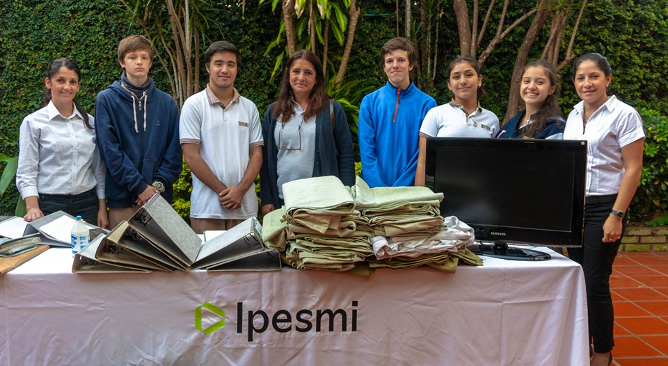 Donación de materiales a la Escuela Nº 122