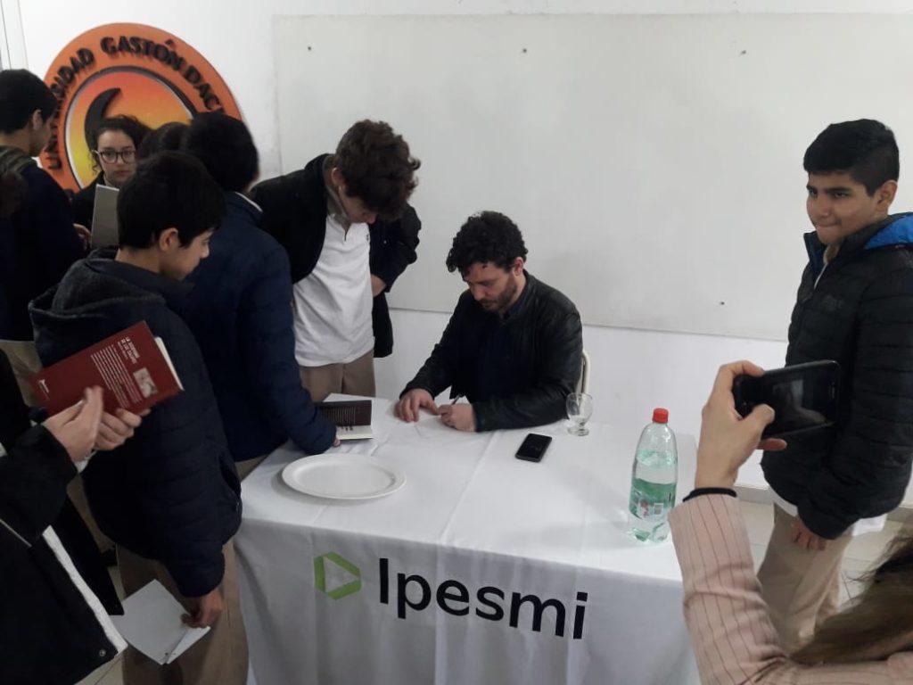 Martín Blasco: el autor en la escuela